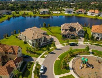 How to choose real estate title company in south florida