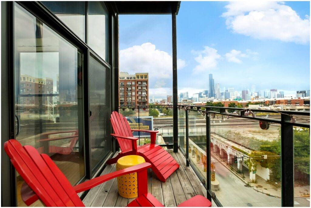 Condo patio Redfin